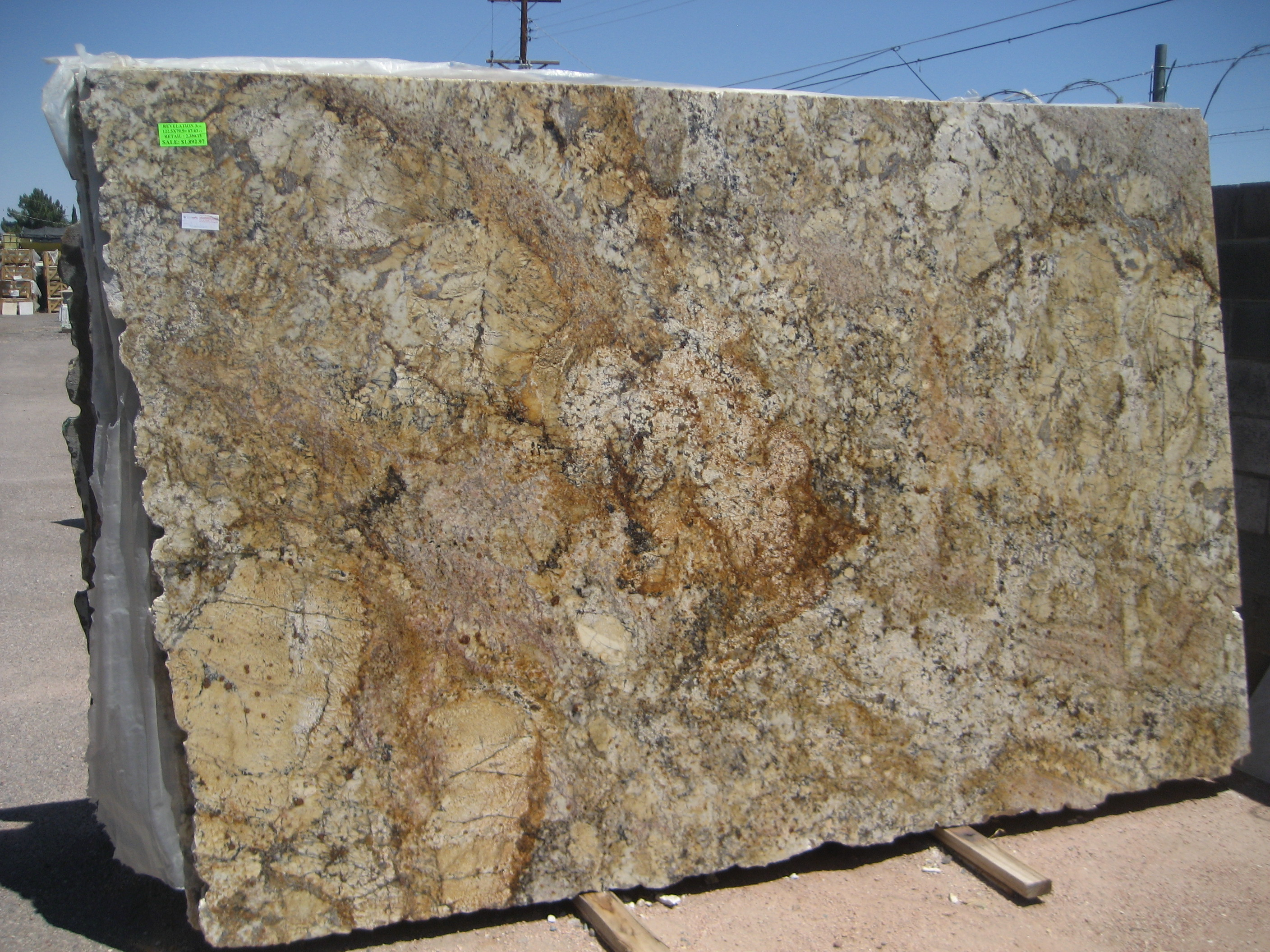 Desert Amarillo Granite photo - 2