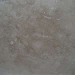 Classico Medium Travertine Tile